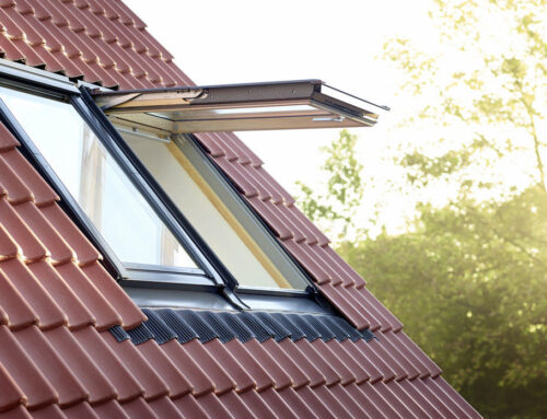 Cum să poziționezi corect ferestrele de mansardă în funcție de punctele cardinale?